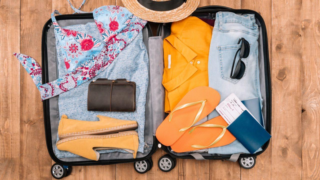 https://www.spenderrific.com/wp-content/uploads/2018/12/Travel-Packing-list-1280x720.jpg
