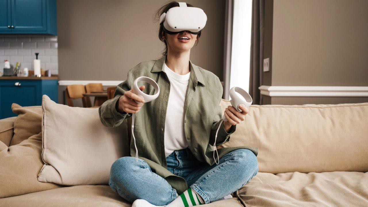 https://www.spenderrific.com/wp-content/uploads/2021/08/VR-Headset.1-1280x720.jpg